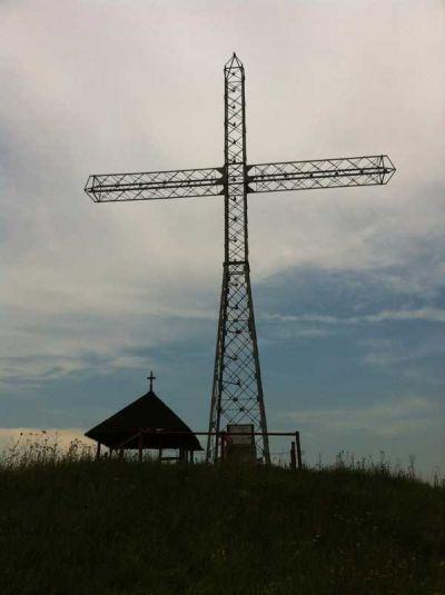 Monumentul Piscul Domnului - CRUCEA
